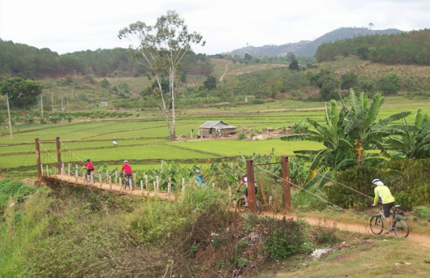 bike-dalat-countryside-1