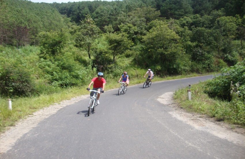 bike-dalat-countryside-3